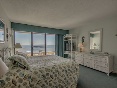 Photo for 3 Bedroom Condo w/ Great Oceanfront View + Official On-Site Rental Privileges