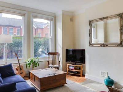 Photo for Beautiful 1BED apartment next to Brockwell Park