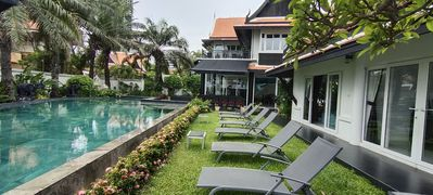 Photo for Luxury rental vacation beach villa, Pattaya