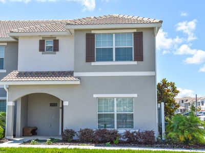 Photo for Disney On Budget - Storey Lake Resort - Welcome To Relaxing 5 Beds 4 Baths Townhome - 5 Miles To Disney