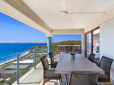 Photo for A spacious apartment with panoramic views over the Bay.
