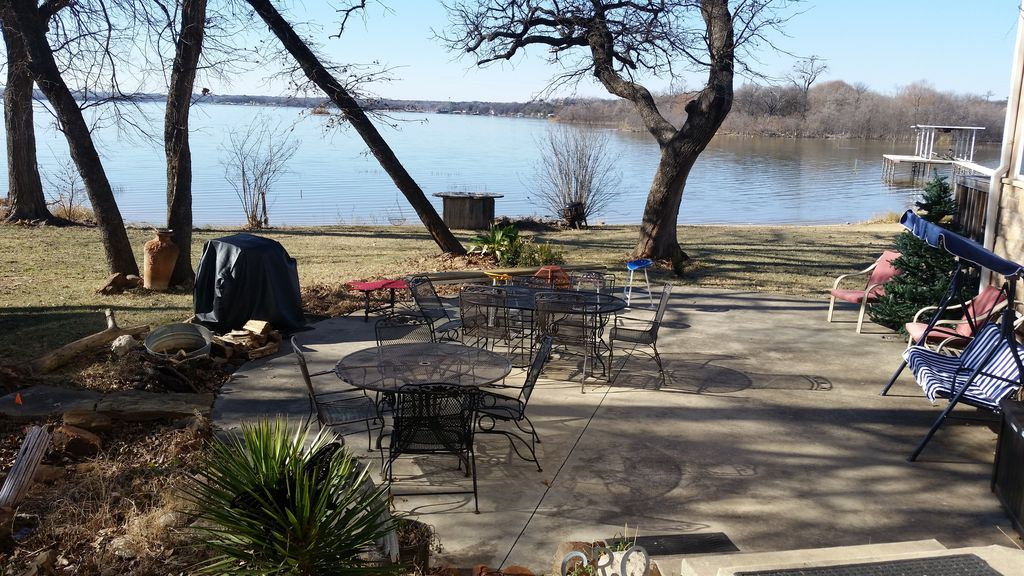 Spectacular Lake House 8 Miles Nw Of Downtown Fort Worth