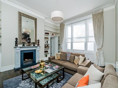 Photo for Just like a movie set, this beautifully restored flat, a mid-Victorian building