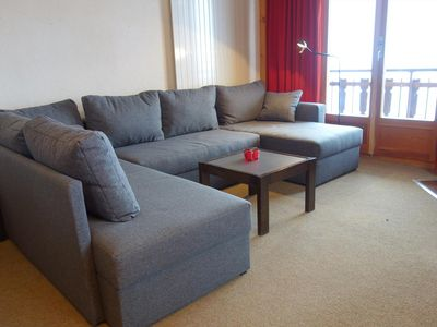 Photo for 2*, 2-bedroom apartment for 6 to 8 people located at about 800m from the ski lift in a calm and sunn