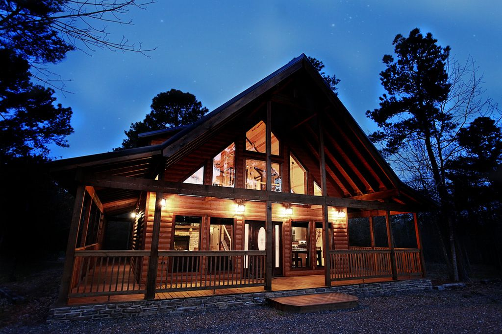 Honeymoon Luxury Cabin 1 Br 2b W Jacuzzi Vrbo