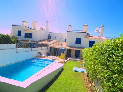Photo for Three bedroom townhouse with pool in Varandas do Lago V570