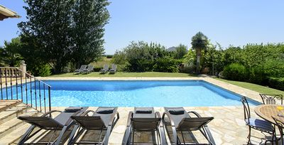 Photo for 4 bedroom Villa, sleeps 8 with