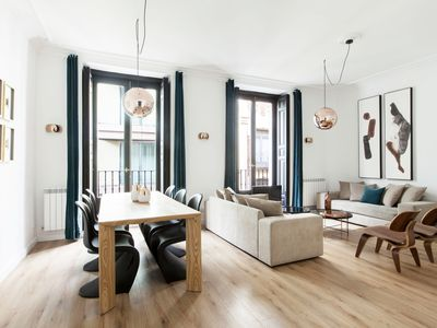 Photo for 3 bedroom and 3 bathroom apartment in the center of Madrid-Gran Vía.