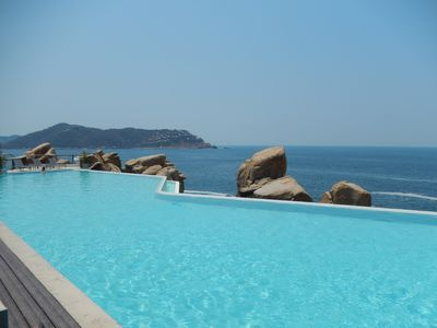 Beach Club Infinity pool
