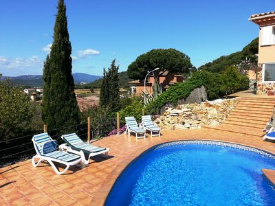 Photo for Apartment with private pool and sun all day. Sea and mountain views.