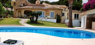 Photo for Last minute!New !!! Giant House WITH LARGE POOL, 5 Sz, 5 Bz, Sea View & Barbacoa