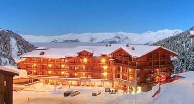 Photo for 61m2 Apartment Belle Plagne 6/8 people 4* Residence skis on your feet -pool