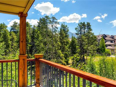 Photo for Awesome getaway, great views, outdoor pool, walk to hiking spots