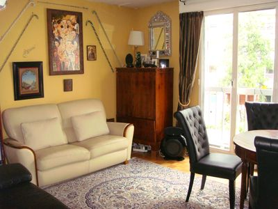 Photo for 3 Bedrooms Apartment At Foot Of Eiffel Tower, Sleeps 6 People, Arrondissement 7