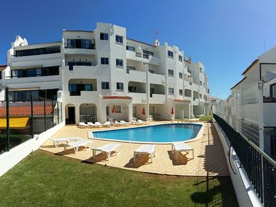 Photo for Albufeira - T1 w / pool