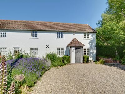 Photo for Sonnet Cottage - Five Bedroom House, Sleeps 7