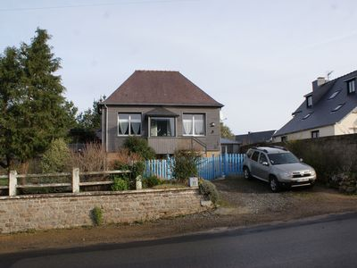 Photo for family house, sleeps 4 to 5, renovated, 5 minutes from the beach walk by footpath