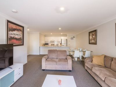 Photo for ★CENTRAL LOCATION★ 1 Bed Apt in Central South Bank
