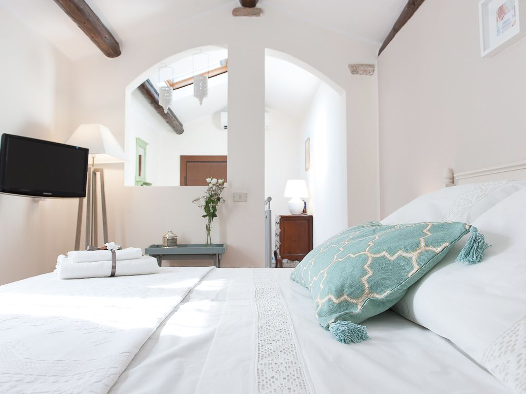 La Mansarda Segreta Boutique Apartment: A Charming Accommodation In Verona.