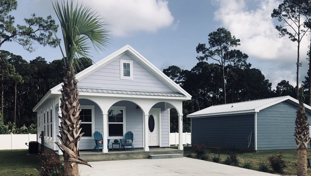Pet Friendly Cottage In Mexico Beach