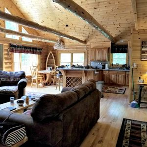 Photo for 5 Bedroom Luxury Mountain Cabin on 20 Acres!
