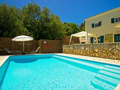 Photo for Villa Chiquitita, Nr Kalami Now 50% off July 1/8,Private pool, WiFi & Air/Con