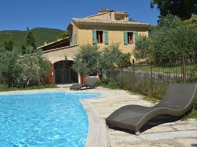 Photo for Lubéron, dry stone family property, private heated swimming pool