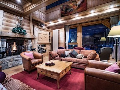 Photo for Exclusive chalet 12 pers. ski in ski out - 6 Rooms 12 people
