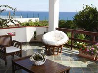 Very comfortable villa with stunning view and only 300 meters to a fantastic beach!