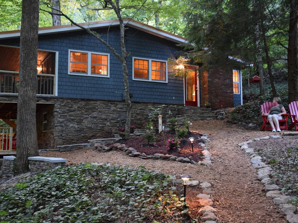 Waterfall cottage at cane creek falls 2br 2ba within Cottages of camp creek