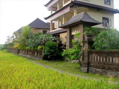 Photo for Sleep room for 3 at Bisma, 5 min. to Ubud centre