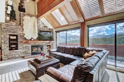 This 6 bedroom penthouse is large enough for your group while being ski-in/out.