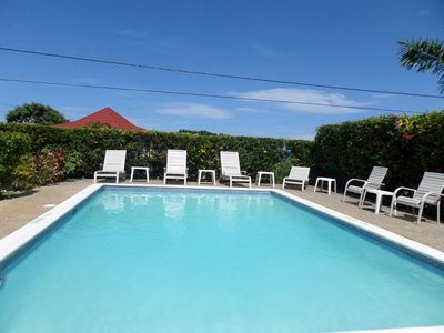 Photo for POOL! SHORT WALK TO THE BEACH! STAFF! FAMILY! AFFORDABLE - Primrose