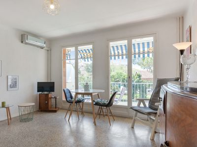 Photo for Sunny 2-room in Antibes/Juan-les-Bains
