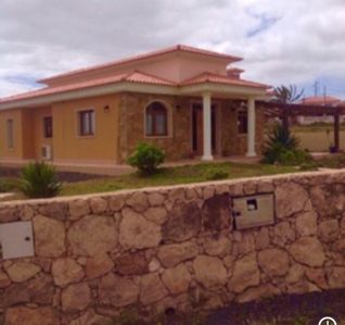 Photo for 3 BED VILLA SPEEPS 6 WITH PRIVATE 6X12 SOLAR HEATED COVERED POOL FREE WI FI