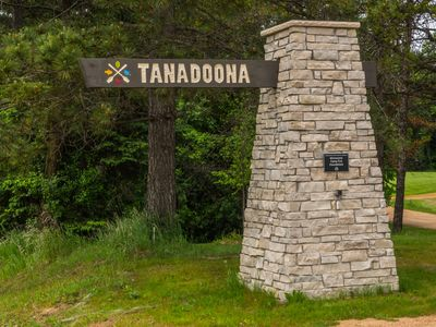 Tanadoona provides youth summer camps, leaving it open for rental Sept - May.