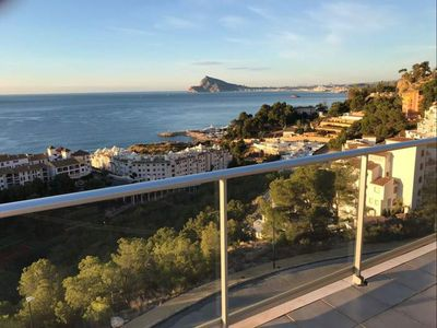 Photo for Altea A Sea Views apartment in Altea with WiFi, air conditioning, shared garden, balcony & lift.