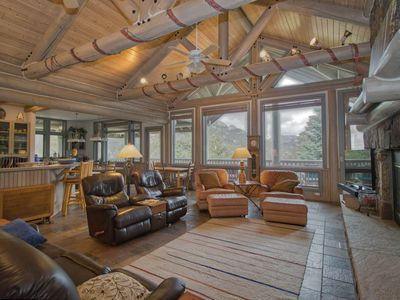 Photo for MAGNIFICENT MOUNTAIN RETREAT: Roomy 6bdrm/6bath with INCREDIBLE VIEWS & wildlife