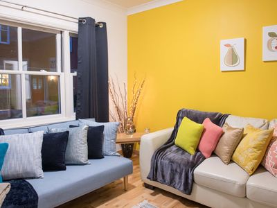 Photo for Ground Floor Apartment, 2 mins walk to Cambridge Train Station, close to City