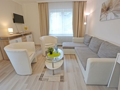 Photo for Bright and spacious 2-room apartment in the spa area of Bad Kreuznach