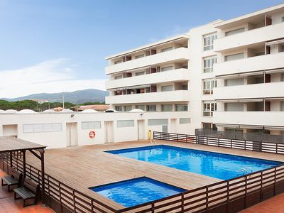 Photo for Apartment 1.5 km from the center of Calonge with Internet, Pool, Air conditioning, Parking (653677)