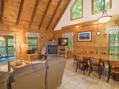 Photo for Mockingbird Cabin at Hummingbird Hills (Hocking Hills area)