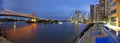 Photo for 2 Bedroom Apartment on the banks of Brisbane River just a short walk to the CBD
