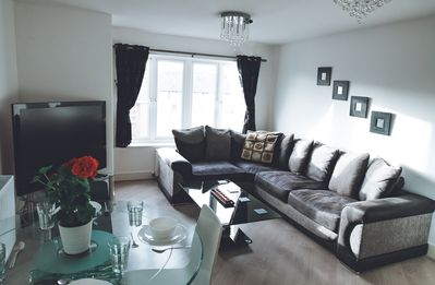 Photo for Delux Maidenhead Apartment