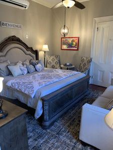 Photo for French Quarter Cottage w/ Free Parking