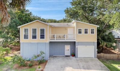 Photo for Beautiful 3 Bedroom Home