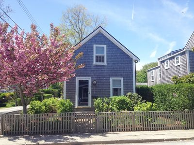 "Photo for ""Vitamin Sea"" - Beautiful cottage in downtown Nantucket with off-street parking!"