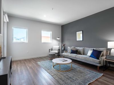 Photo for New 1BR near Grove and West Hollywood