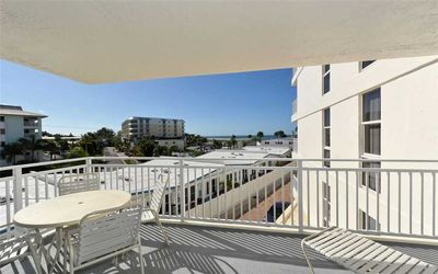 Photo for House Of The Sun #307GV: 2 BR / 2 BA condo in Sarasota, Sleeps 4