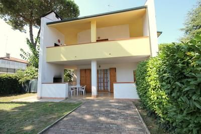 Photo for Holiday house Lido delle Nazioni for 2 - 6 persons with 2 bedrooms - Holiday house